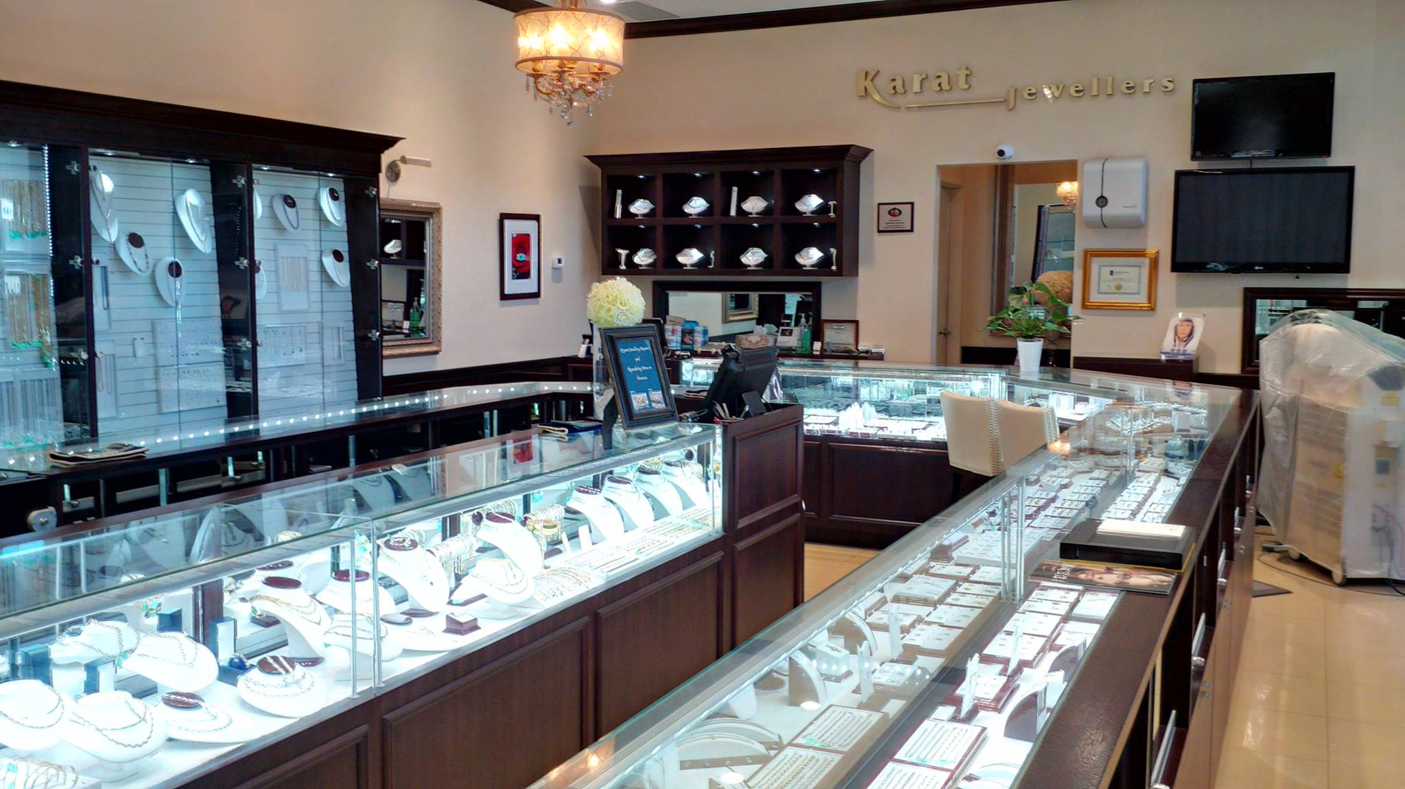 Karat Jewellers - Our Store
